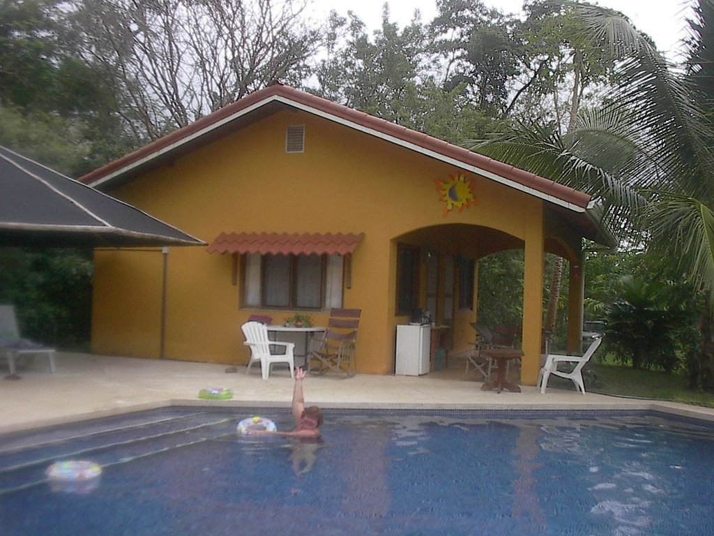 ‪Costa Rica Mountain Retreat‬