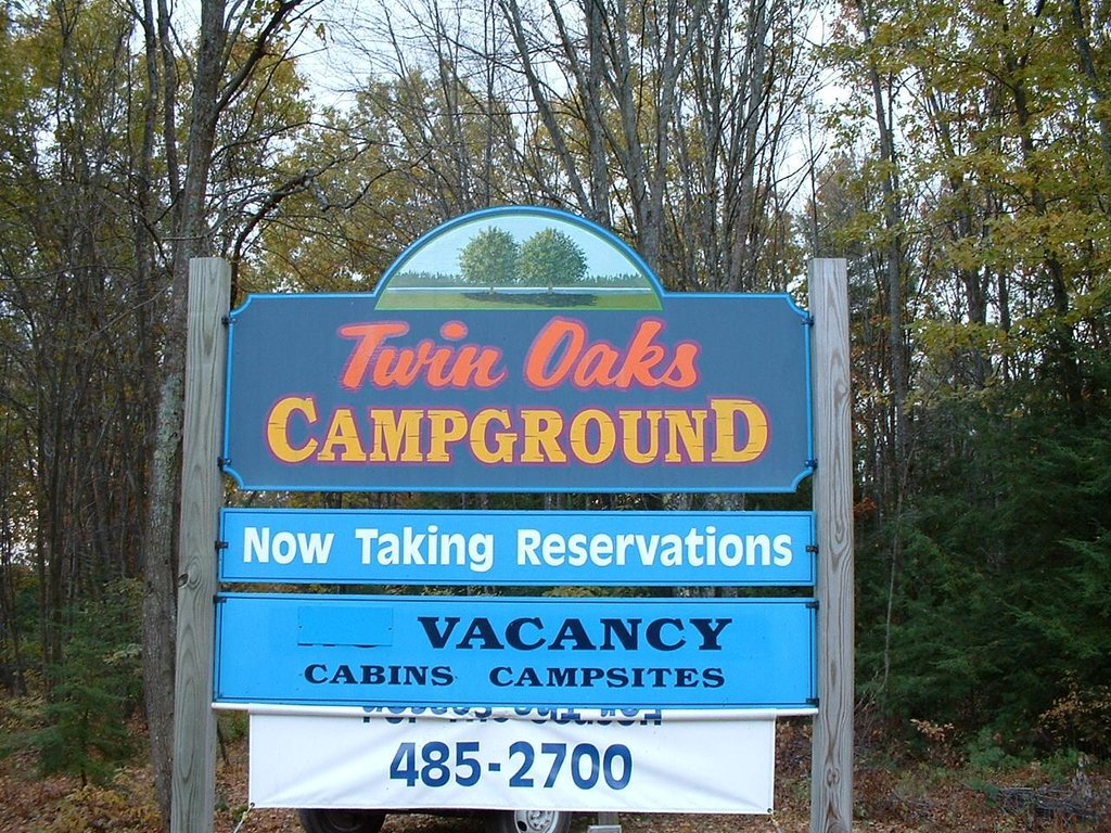 ‪Twin Oaks Campground‬