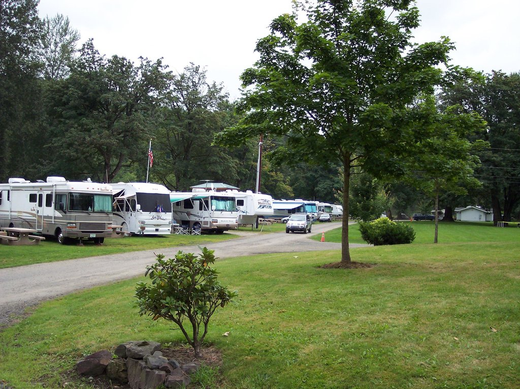 ‪Snoqualmie River RV Park‬