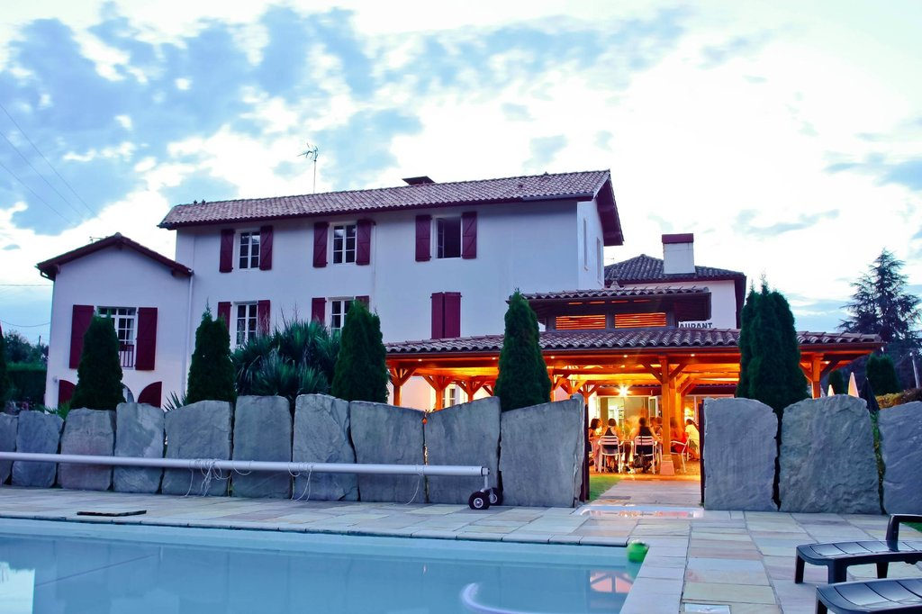 Hotel Restaurant Txistulari