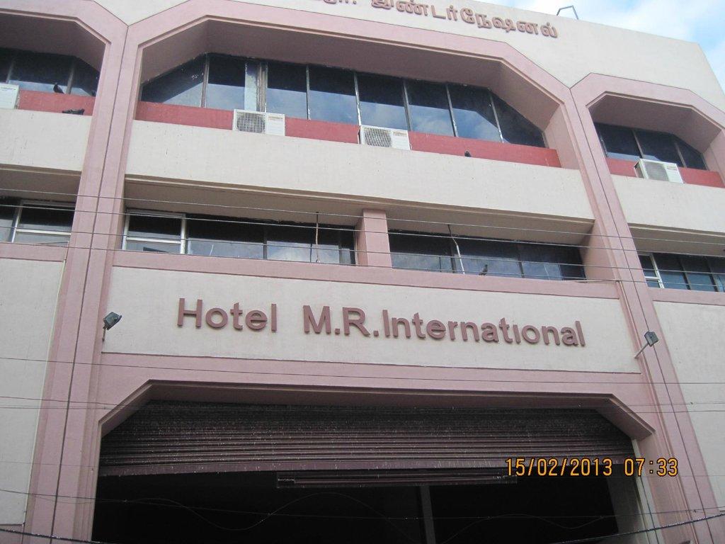 Hotel M R International