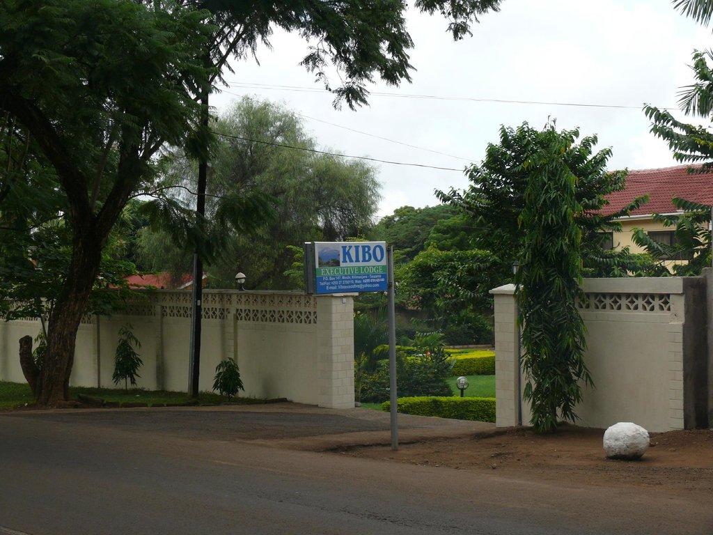 Kibo Executive Lodge