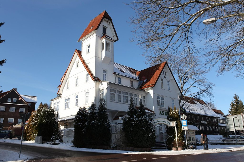 阿斯卡尼亞飯店