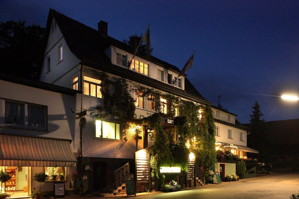 Landgasthof Dorflinde Grasellenbach