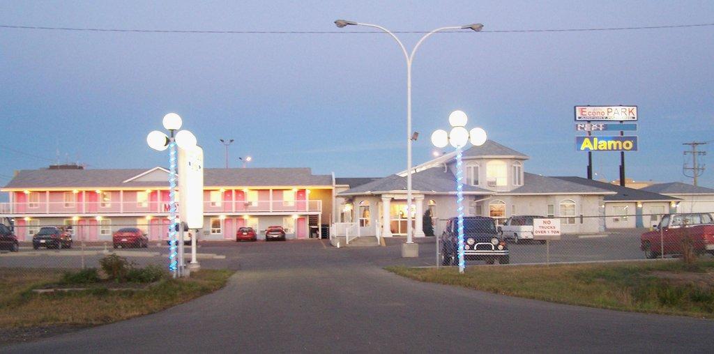 Nisku Place Motel