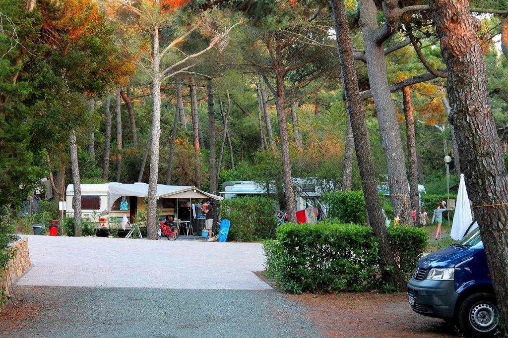 Le Esperidi Village
