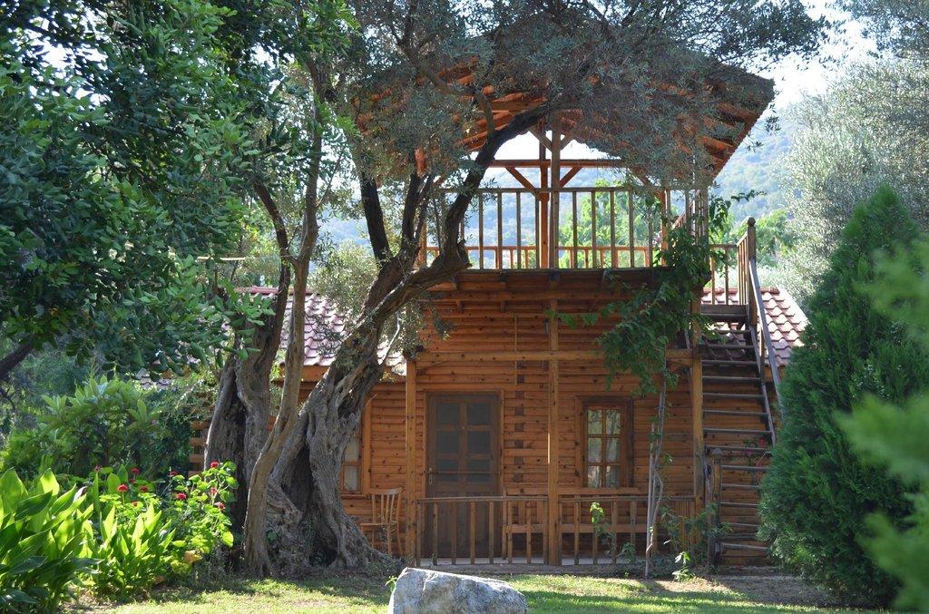Kizilbuk Wooden Houses