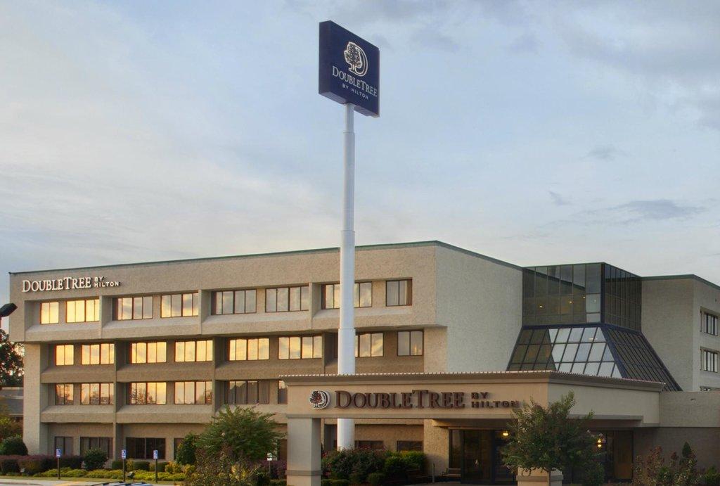 DoubleTree By Hilton Hotel Fayetteville