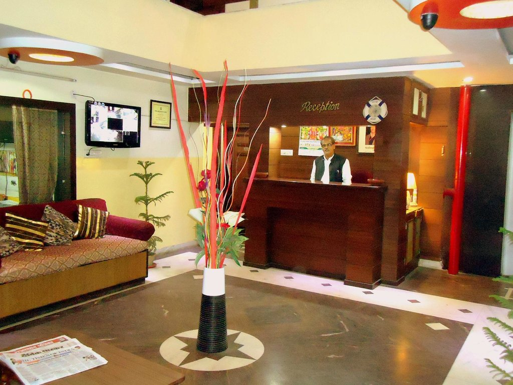 Hotel Radha Palace