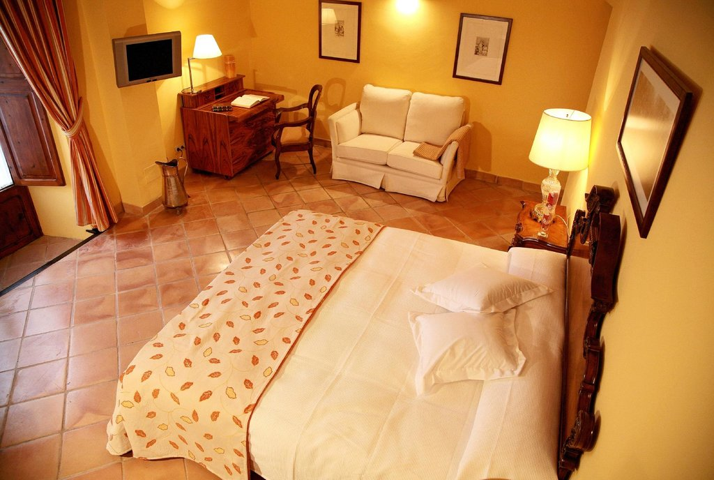 Petit Hotel Alaro