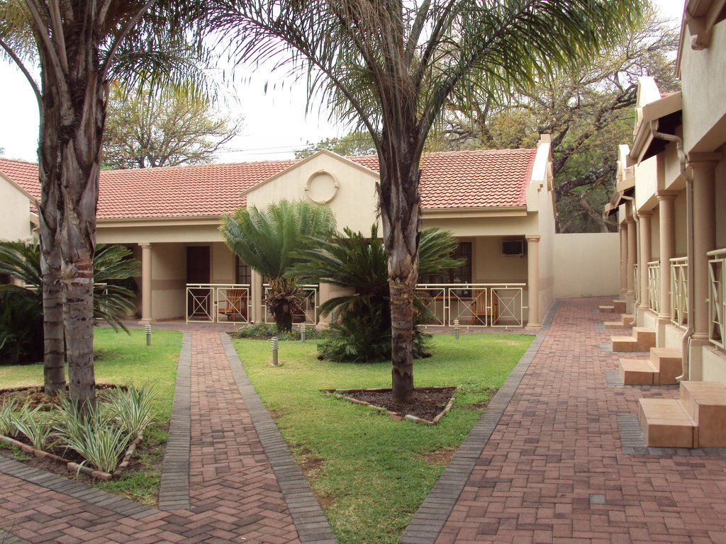 The Cycad Lodge & Chalets