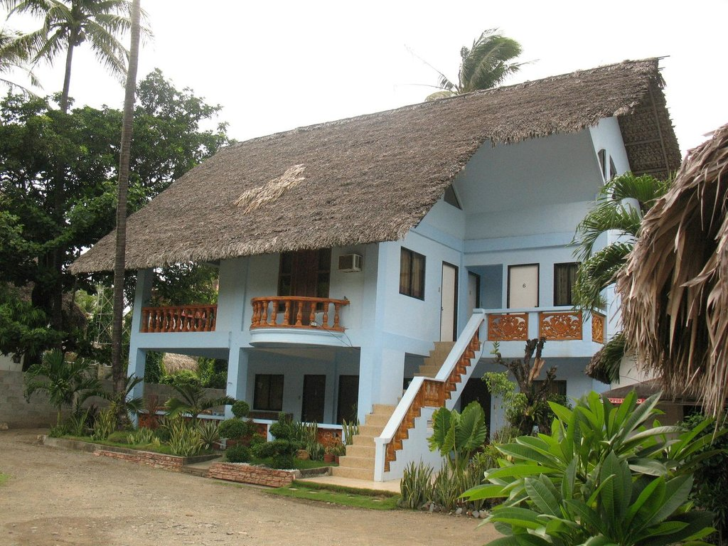 Keahana Beach Resort