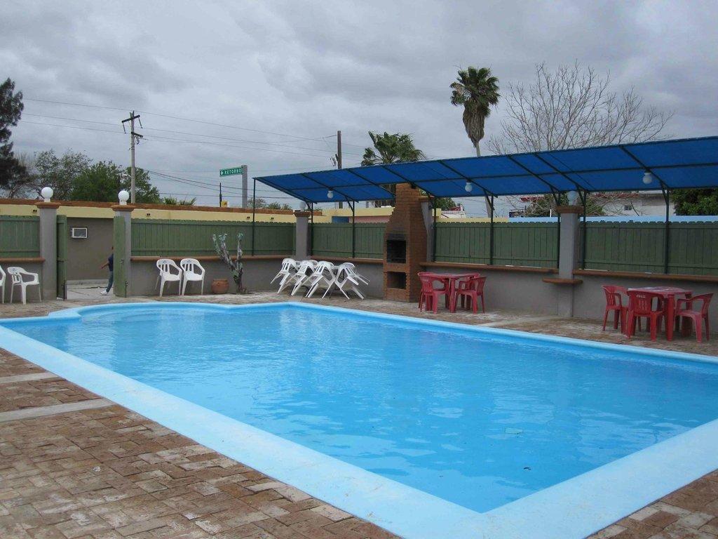 Hotel La Finca Inn