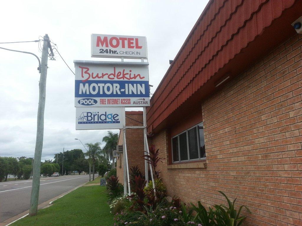 Burdekin Motor Inn