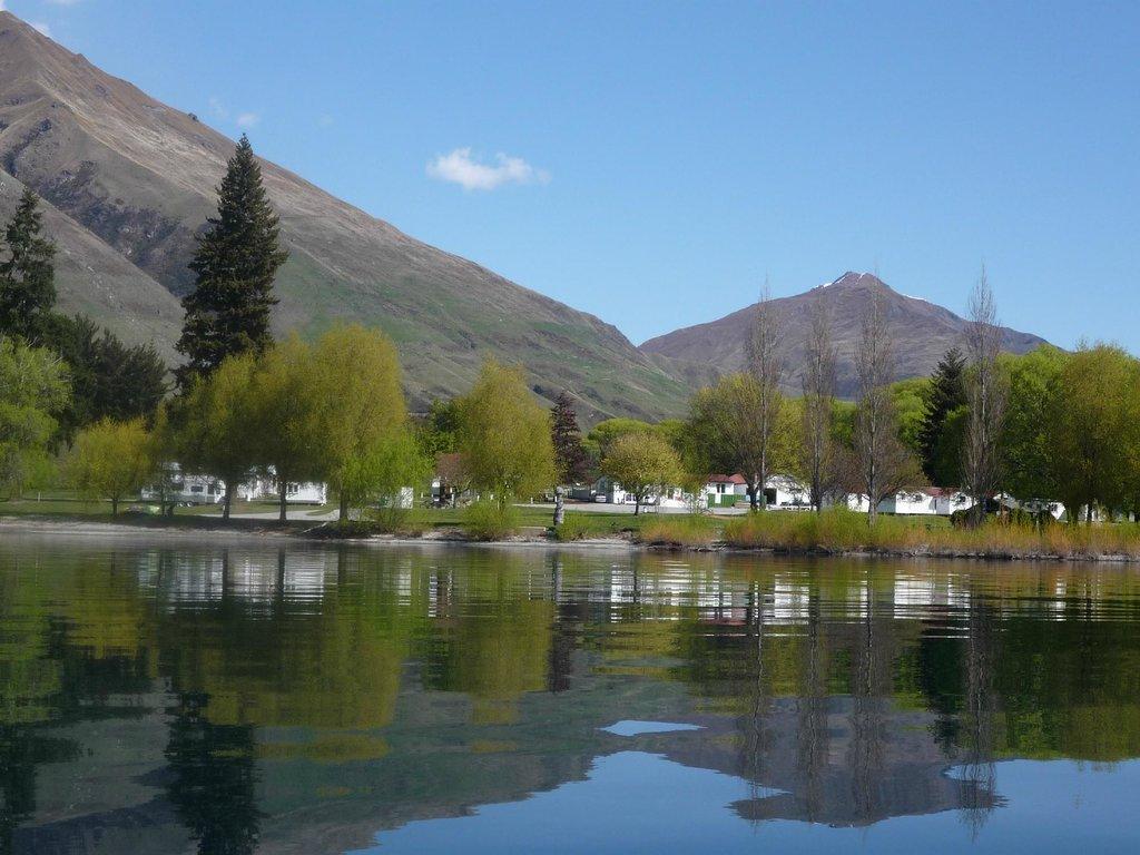 Glendhu Bay Lakeside Holiday Park