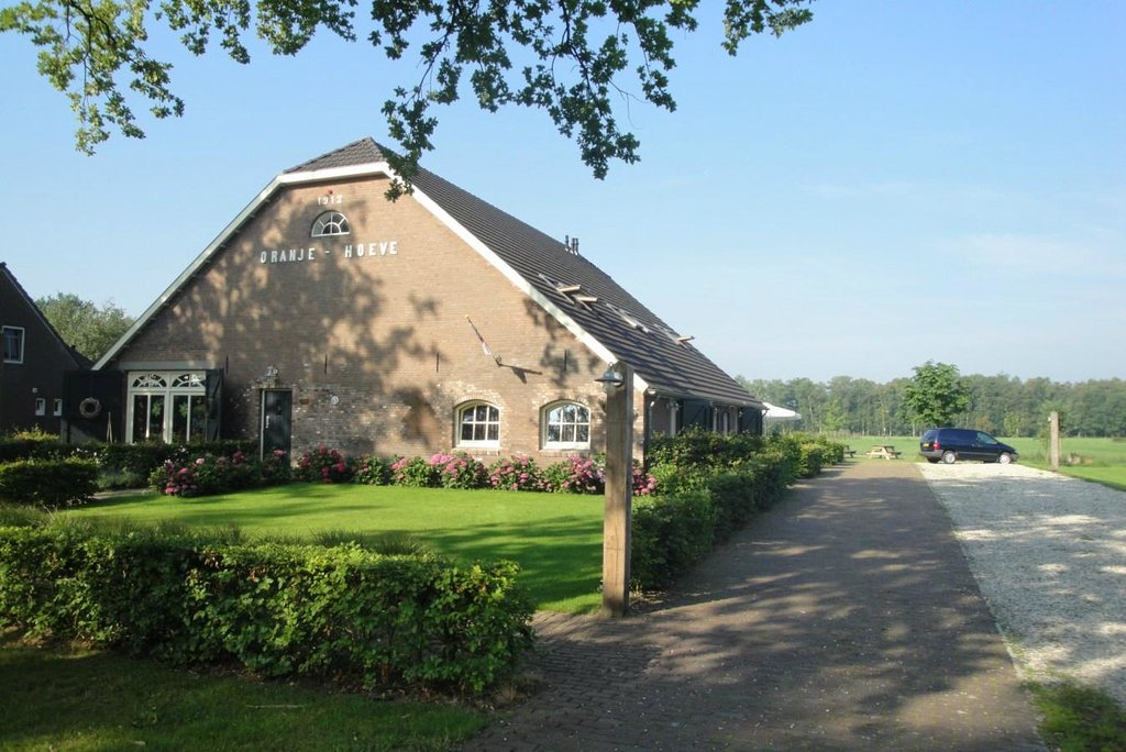 Oranje Hoeve Bed & Breakfast