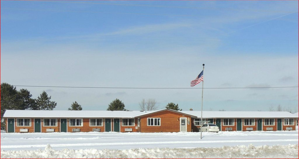 Winter Northern Lights Motel