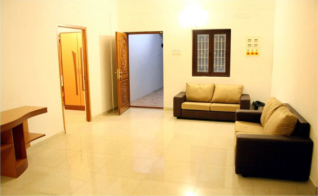 Juhu Grand Service Appartments