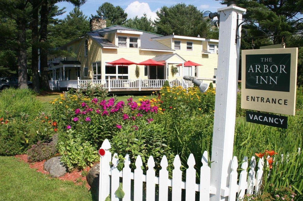 The Arbor Inn