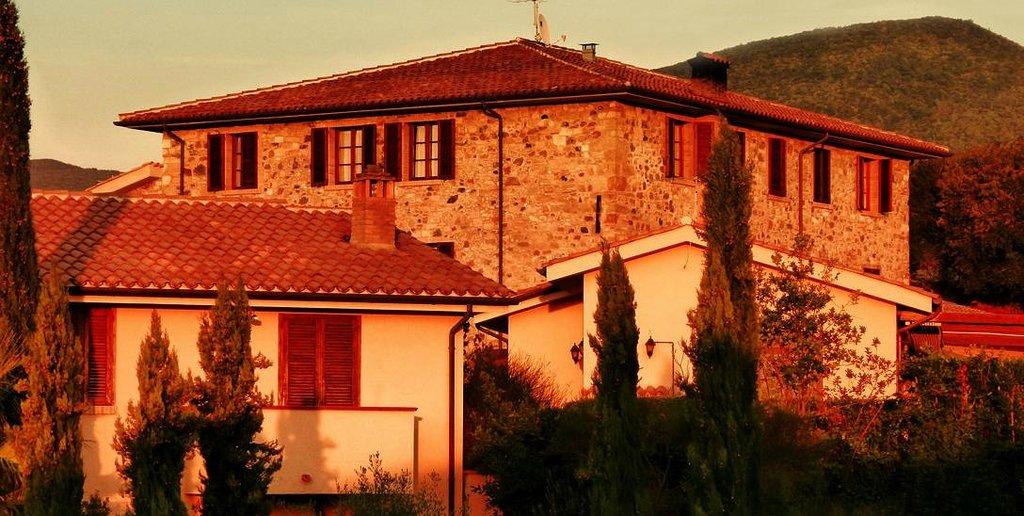 Borgo di Pomaia