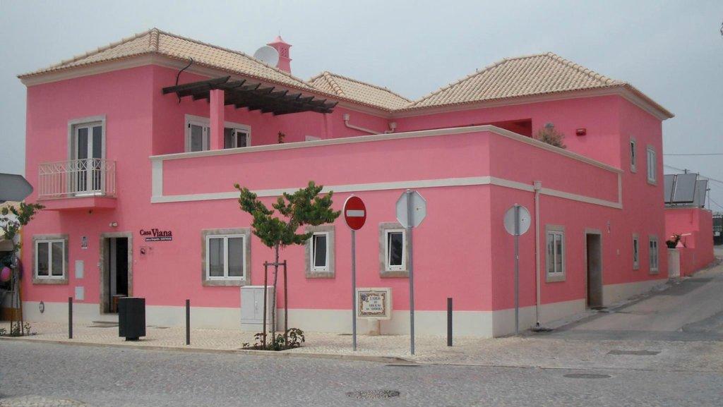 Casa Viana Guesthouse