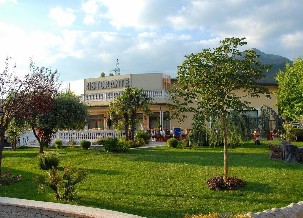 Happy Moments Resort Hotel