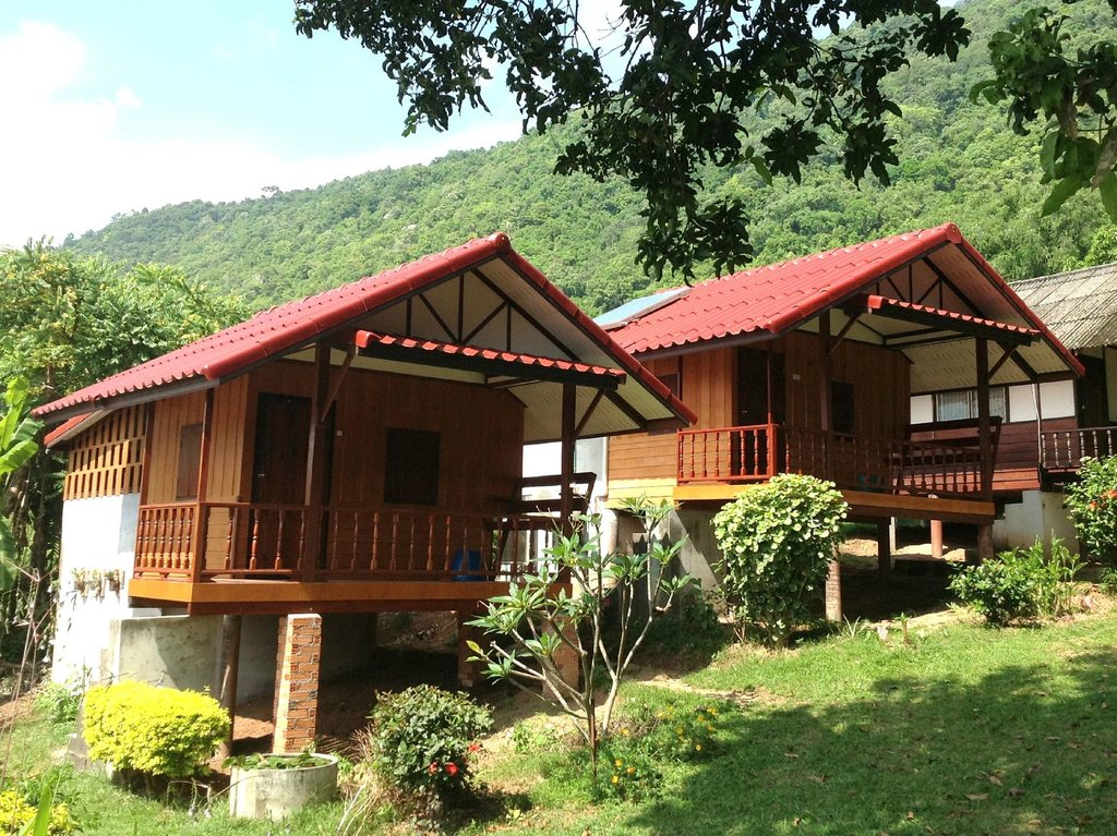 Pooltrap Village Bungalow