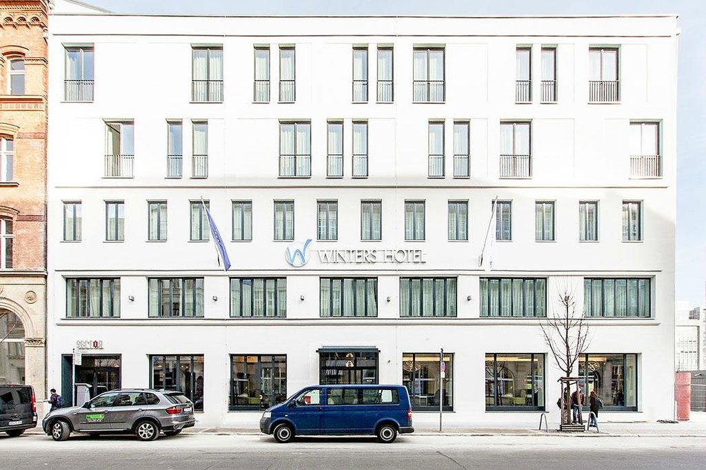 Winters Hotel Berlin Mitte - The Wall at Checkpoint Charlie