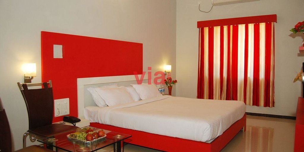 Hotel Sai Tara Inn