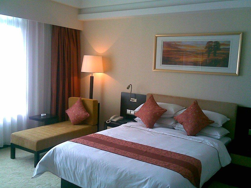 Pearl Hotel (Zhanqian Road)