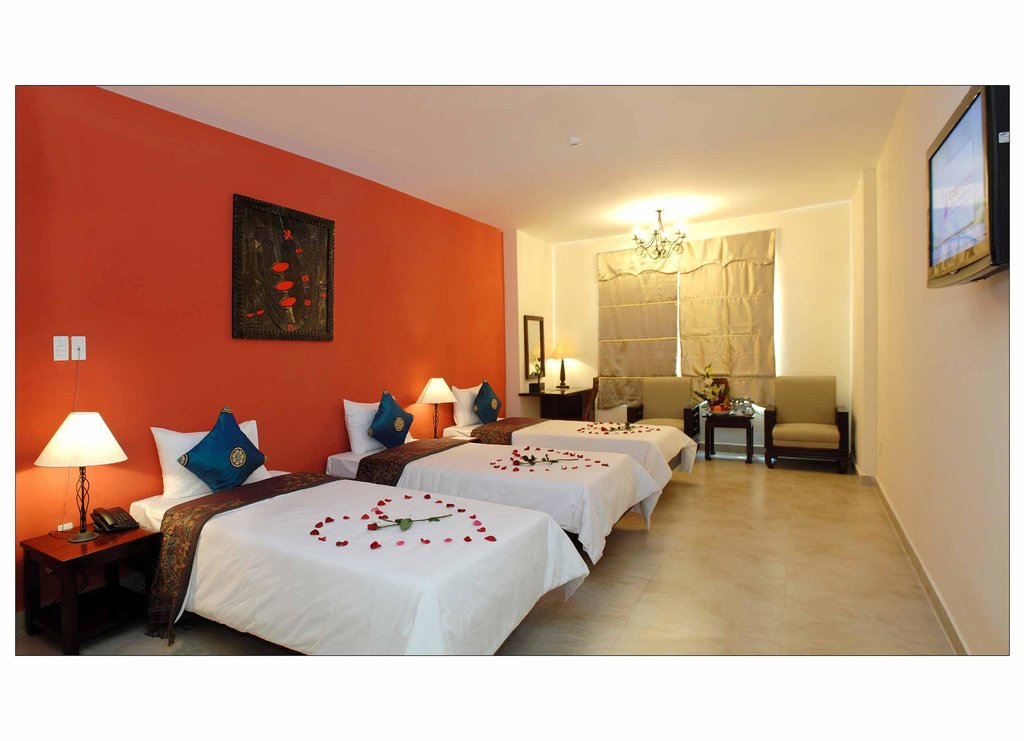 Long Xuan Hotel