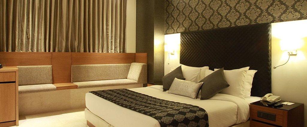 Mega Hotel