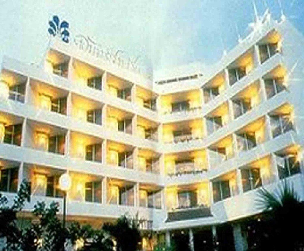 Jansom Chumphon Hotel