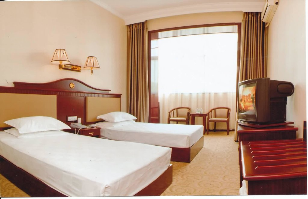Rongcheng Business Hotel