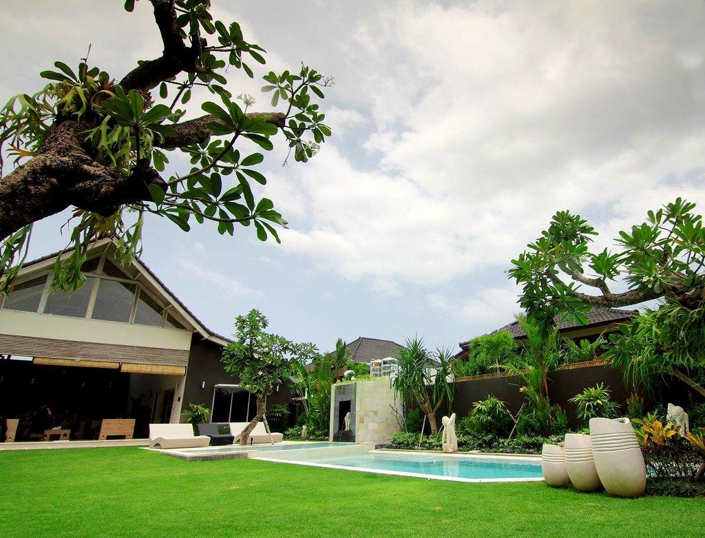 Villa Besar