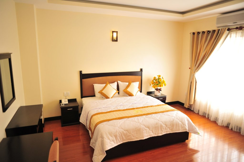 Khach San Tan Hong Son Hotel