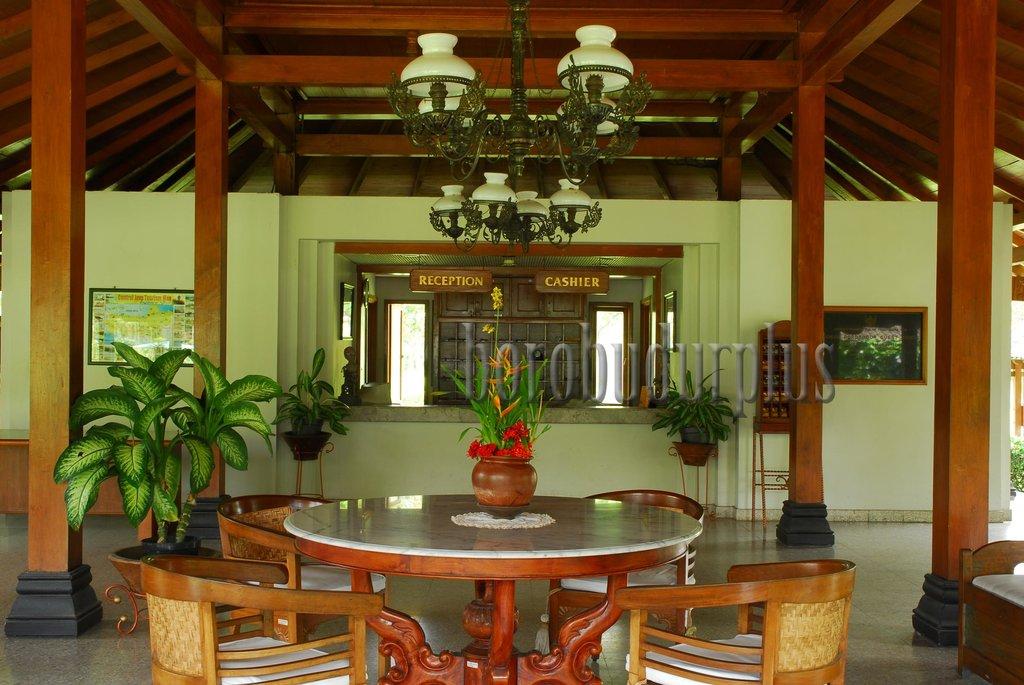 Borobudur Indah Hotel