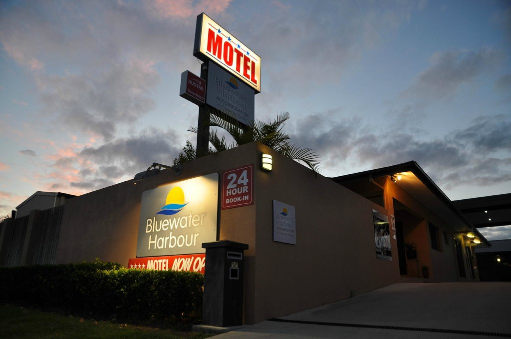 Bluewater Harbour Motel