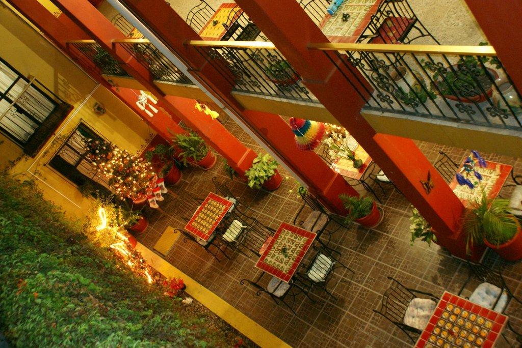 唐馬里奧旅館