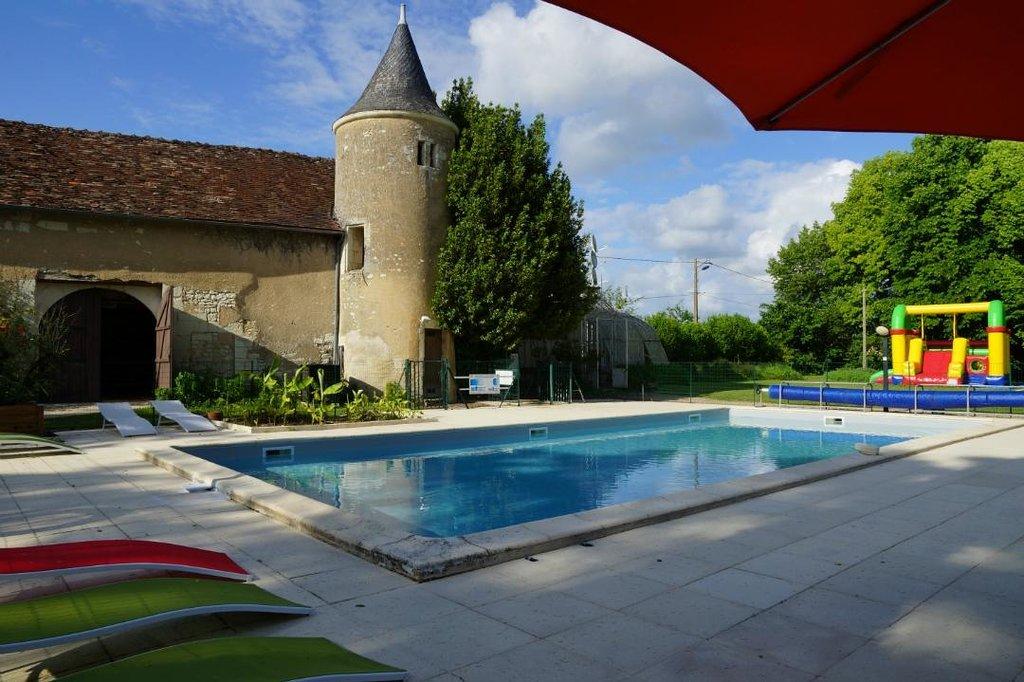 Castel Camping Le Petit Trianon de Saint Ustre