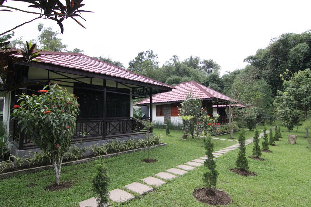 Happy Flower Resort