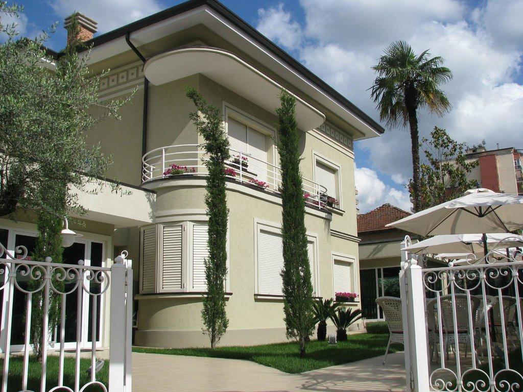 Sokrat Hotel