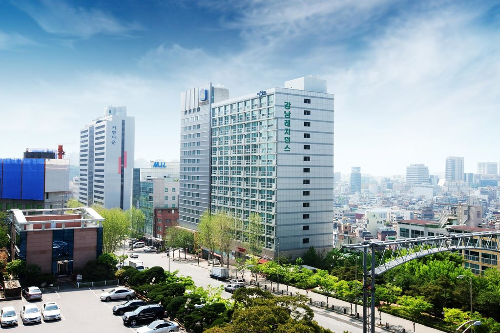 ‪Gangnam Serviced Residences‬