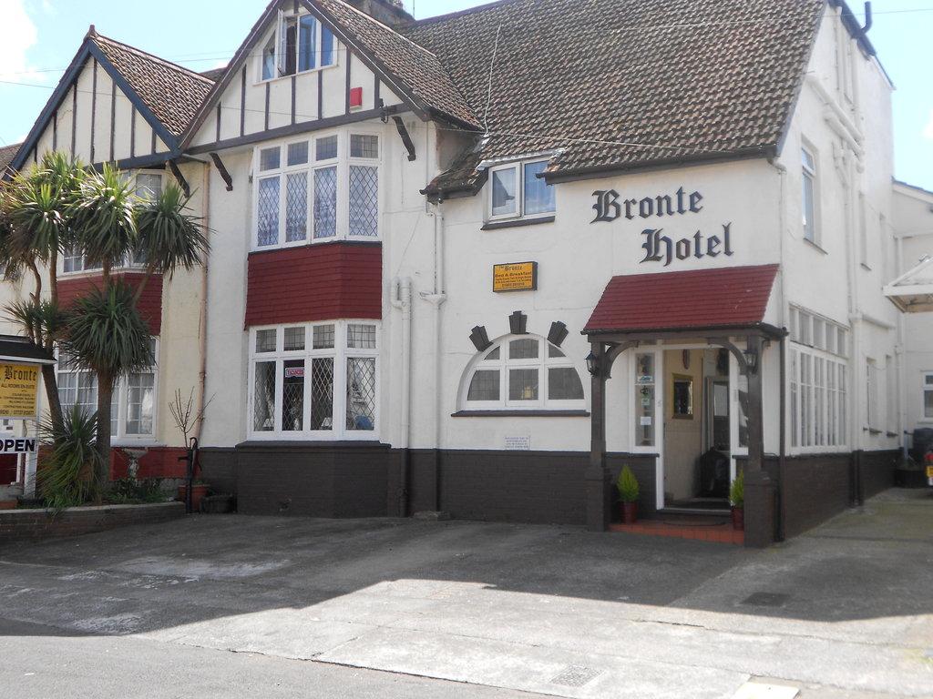Bronte Hotel