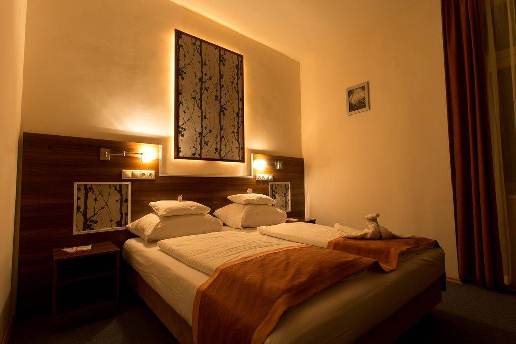 Koros Hotel