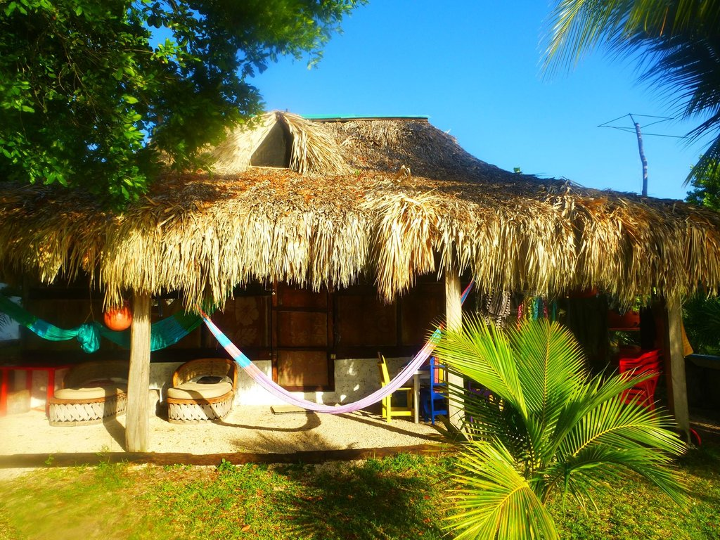"Cabanas, Hostal y Camping ""Magic Bacalar"""