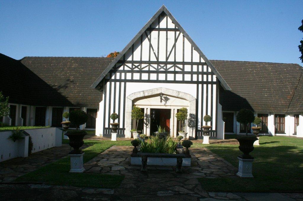 Kilmorna Manor