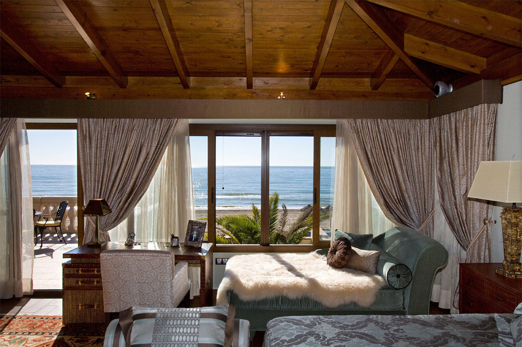 Sunny Dom Holiday Villa