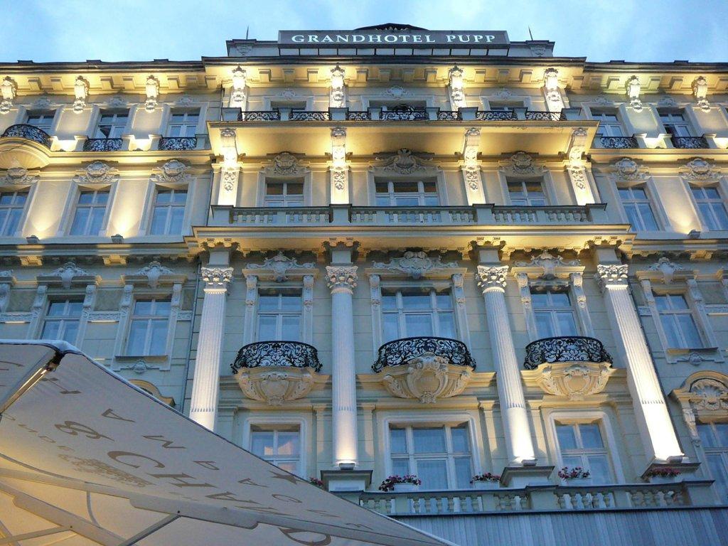 普普大飯店