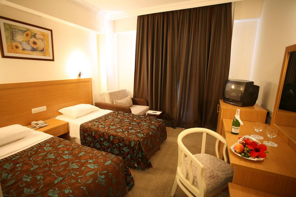 ペルディキア ビーチ ホテル